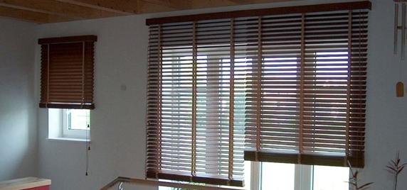 Żaluzje drewniane i aluminiowe